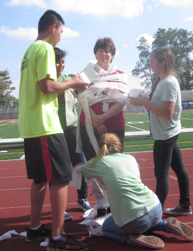 Freshman getting started in the mummification process